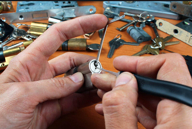 Why Hire Locksmith New Orleans?